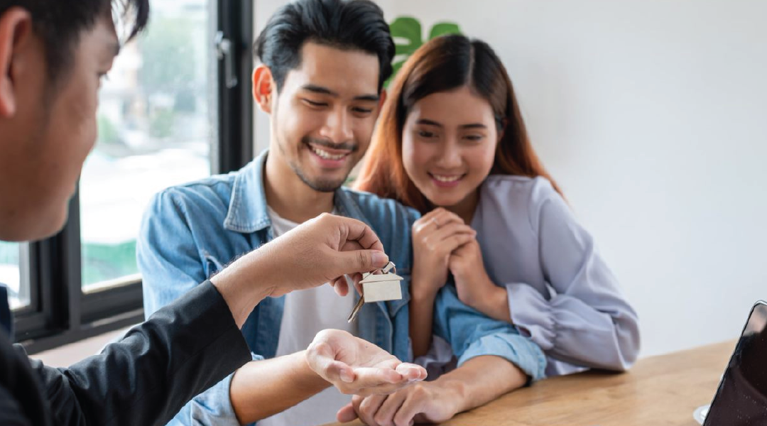 Closing Day on a House: What to Expect