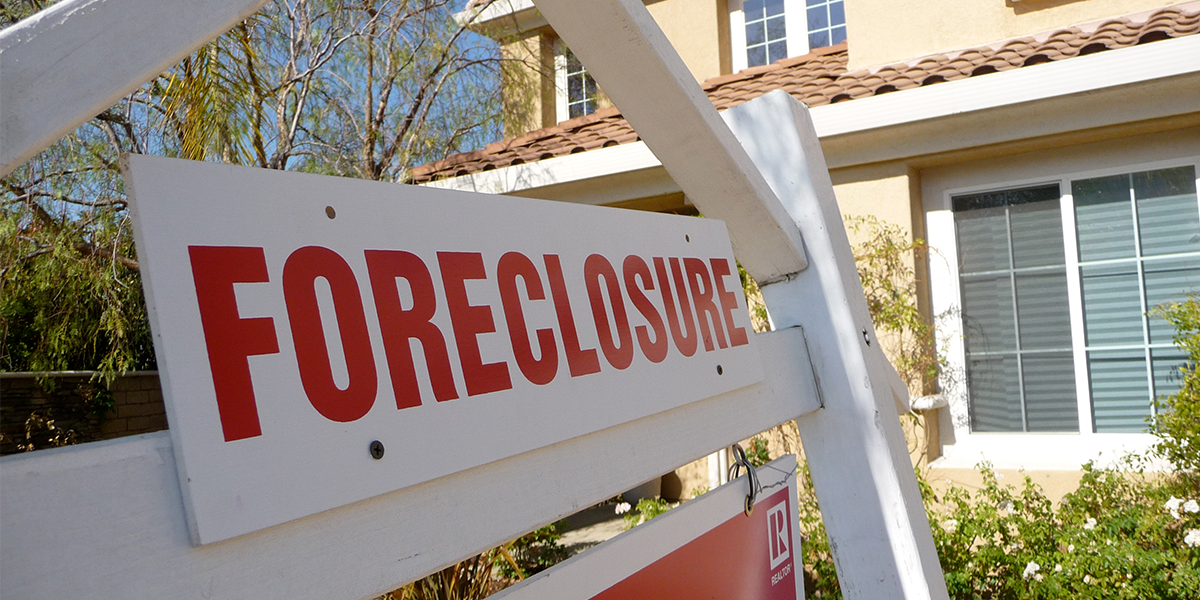 2008 housing crisis foreclosure